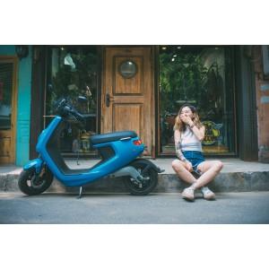 NIU M1S Elektrische Scooter blauw